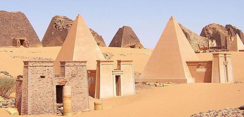 Pyramids built by Nubians